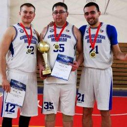 Впервые в истории «Сахалинские медведи» выиграли открытый чемпионат Южно-Сахалинска