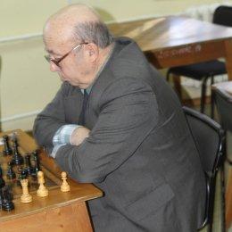 Юрий Трифонов возглавил турнирную таблицу