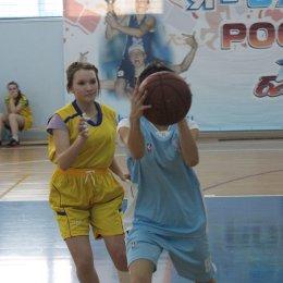 Команды Долинска стали победителями III этапа чемпионата ШБЛ