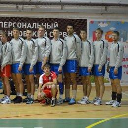 «Элвари Сахалин» начал с победы