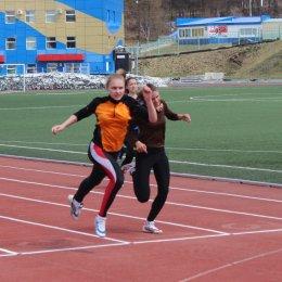 Островные легкоатлеты показали высокие результаты на чемпионате и первенстве области