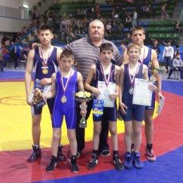 Сахалинские борцы греко-римского стиля завоевали пять медалей Кубка мэра города Хабаровска