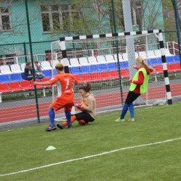 Фотогалерея матча между командами СахГУ и СОШ № 8