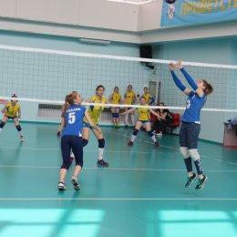 Одиннадцать команд вышли на старт открытого первенства островного региона по волейболу «Олимпийские надежды»