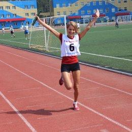 Эстафетный бег и перетягивание каната