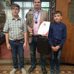 Второй год подряд победителем «Кубка АО «Гидрострой» по классическим шахматам стал международный гроссмейстер из Челябинской области Павел Понкратов