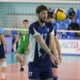 В первом матче турнира «Элвари-Сахалин» одержал пять побед при пяти поражениях