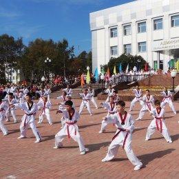 Участниками акции «Беги за мной» в Корсакове стали 350 человек