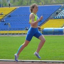 Александра Толстихина заняла четвертое место на первенстве России по легкоатлетическому кроссу