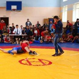 Участниками открытого первенства Анивского ГО по греко-римской борьбе стали спортсмены из шести населенных пунктов юга острова