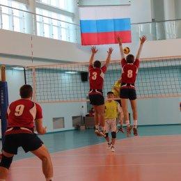 В Южно-Сахалинске начался чемпионат области по волейболу среди мужских команд