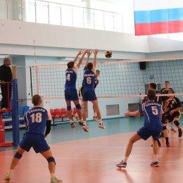 Команда ВЦ «Сахалин» нанесла поражение сборной Поронайска