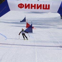 Сахалинские горнолыжники оставили следы на склонах гор