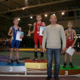 Сахалинцы завоевали 16 медалей на Фестивале спортивной борьбы в Хабаровске