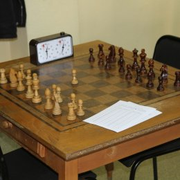 Чемпионат Южно-Сахалинска по быстрым шахматам выиграл Олег Верещагин