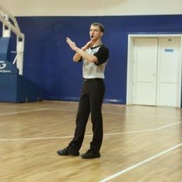Алексей Тепаев вошел в символический клуб баскетбольных арбитров «100+»