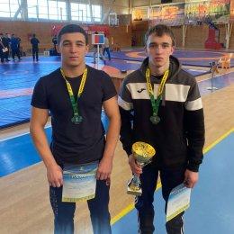 Островные борцы завоевали медали всех достоинств на всероссийском турнире в Комсомольске-на-Амуре