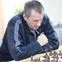 Треть турнира позади, Роман Тихонов впереди