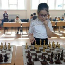 В СОШ № 3 юные островные шахматисты провели сеанс одновременной игры