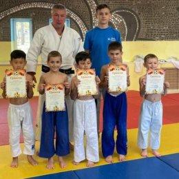 Юные дзюдоисты приняли участие в турнире по борьбе на поясах