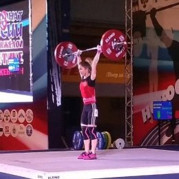 Ляйсан Махиянова стала бронзовым призером чемпионата страны по тяжелой атлетике