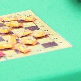 В Южно-Сахалинске сыграли в «сладкие шашки»