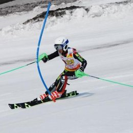 Островные горнолыжники приняли участие в соревнованиях «Открытие сезона»