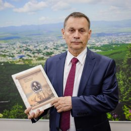 Шахматное сообщество Сахалина и Курил поздравляет С.А. Пономарева с юбилеем