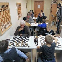 Шахматный уик-энд в Поронайск: блиц-турнир и матч детских команд