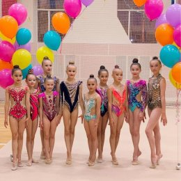 Островные гимнастки призовые места в международных онлайн-соревнованиях