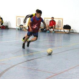 «Олимпик» выиграл турнир по мини-футболу в Ногликах