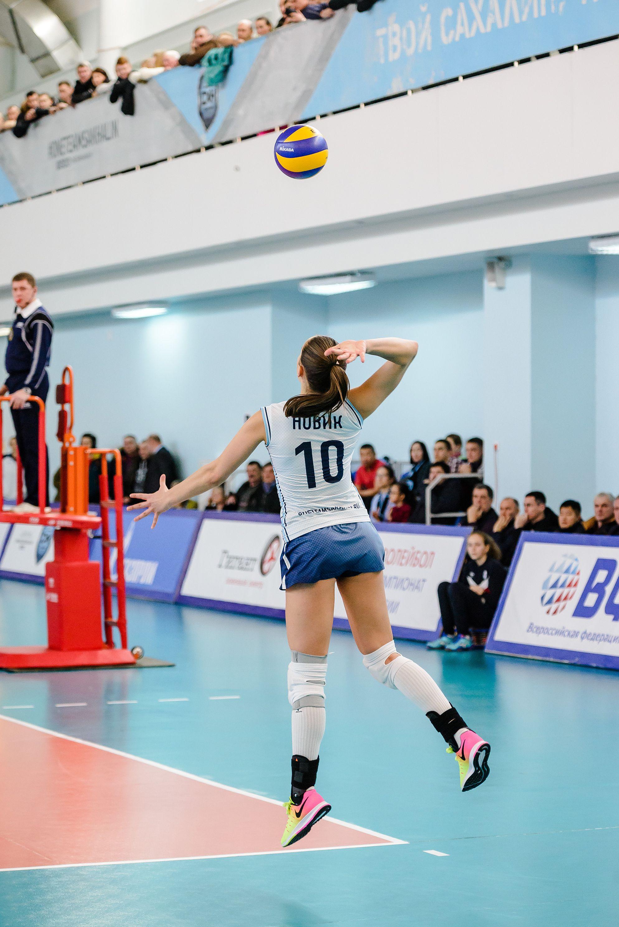 Елена Новик (№ 10): «Так получилось, что я с детских турниров начала играть под 10 номером! И в молодёжной сборной России тоже всегда выбирала его. Поэтому, если он свободный в команде, то мой выбор падает на него».