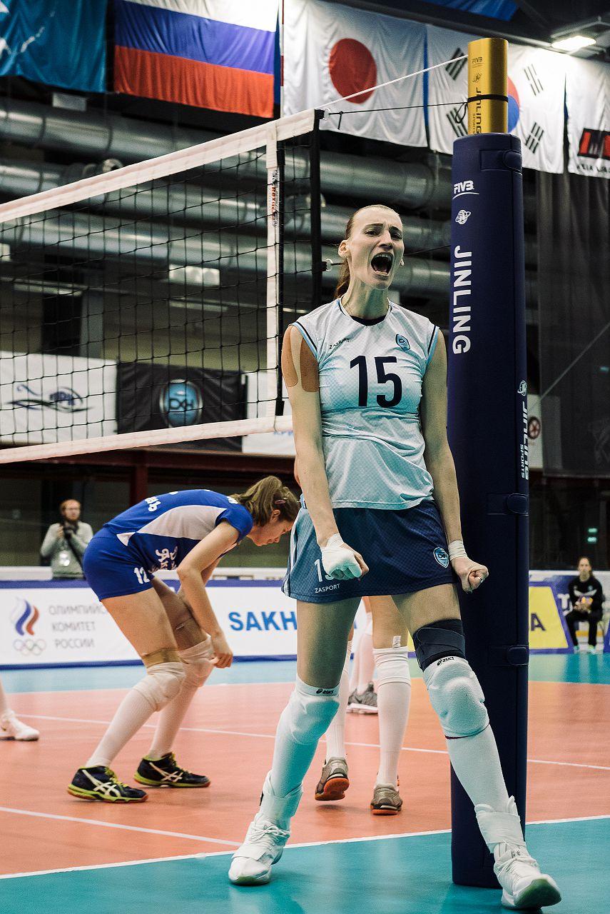 Юлия Григорьева (№ 15): «Мой любимый номер – 14-й. Я под ним играла восемь лет. Но он оказался занят Лесей Шаравской. 15-й номер был у меня в прошлом сезоне в Турции, и я решила его оставить».